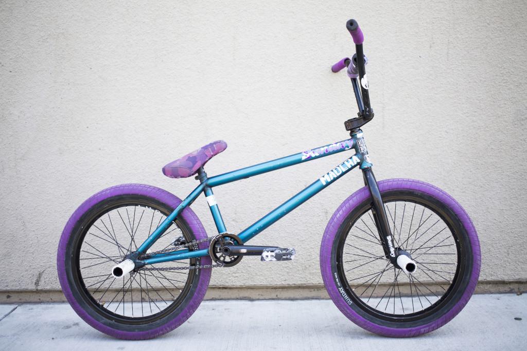 Jake_Bike_001